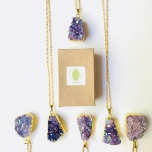 Jewelry - Purple Rainbow Aura Quartz Crystal
